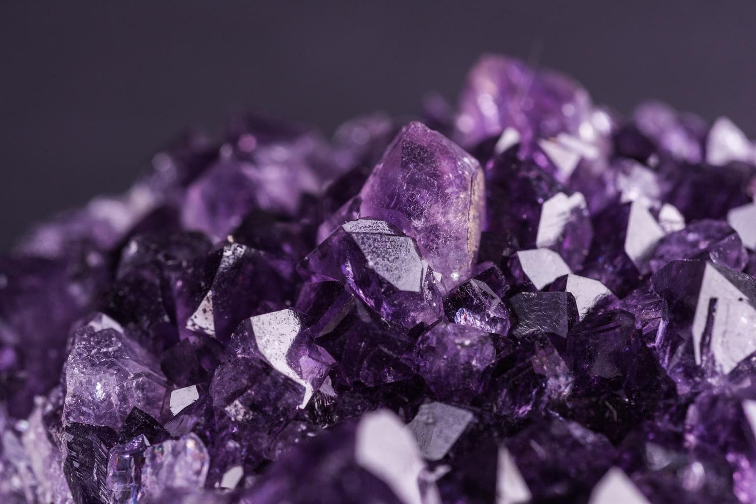 pietra violacea Ametista