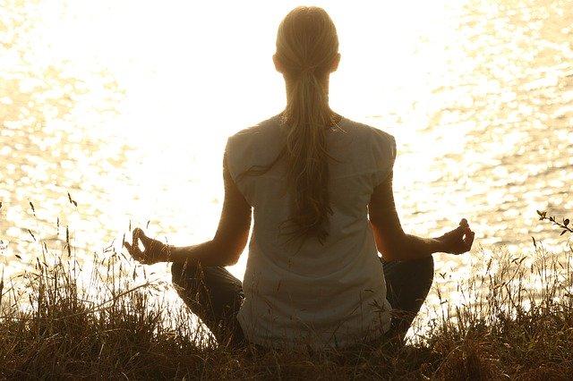 meditare nella pancia